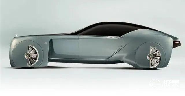 劳斯莱斯史上首款电车来了!2023年开售质保400年,名字很吓人...
