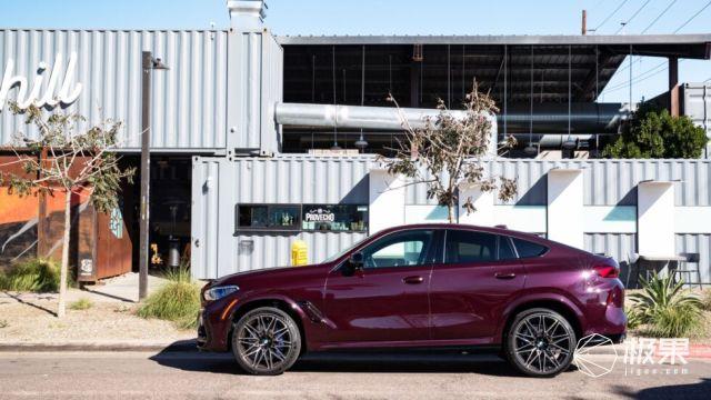 宝马2020款X5M/X6M:双涡轮增加+4.4LV8发动机,性能更强劲