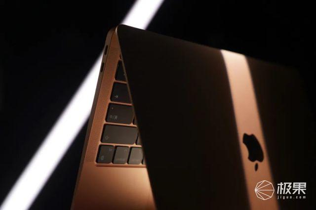 变芯成功!全新MacBookAir评测:「感知不强」的大升级