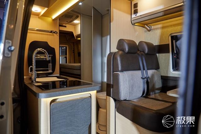 「新東西」設計感滿滿,景宴棲599房車發布,細節多到可怕!