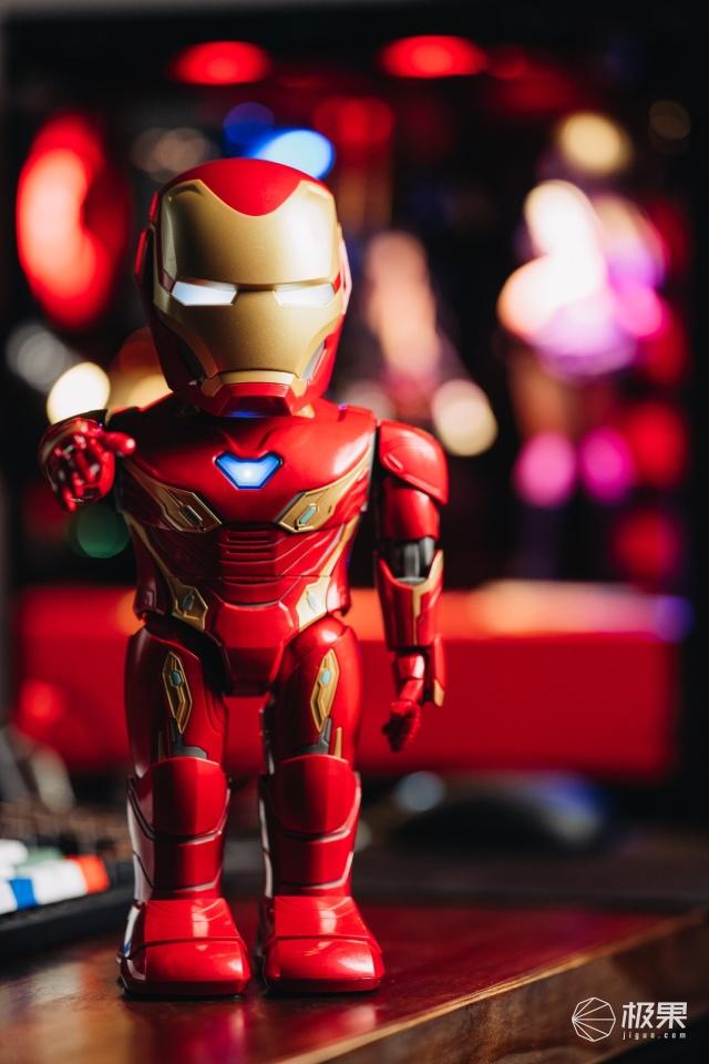 優必選MARK50鋼鐵俠機器人