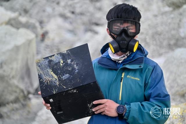 真敢想!带联想ThinkPad去火山烤机,这条VLOG看得心惊肉跳!