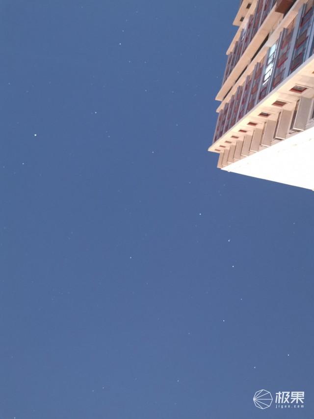 真能拍星星!华为P30Pro国行首发评测:对比Reno和三星S10+,谁更狠?
