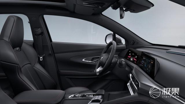 """长安汽车""""引力""""UNI-T全球首发,新车内饰竟与""""飞机驾舱""""有关"""
