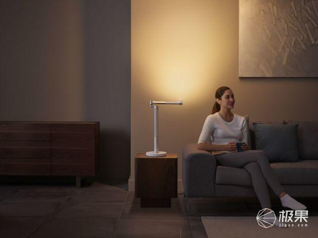 DysonLightcycleMorph™照明灯全新上市4灯合一,多种照明变换随你所需