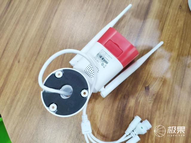 看家护院好帮手,安全守护有你就够:360红色警戒标准版摄像机