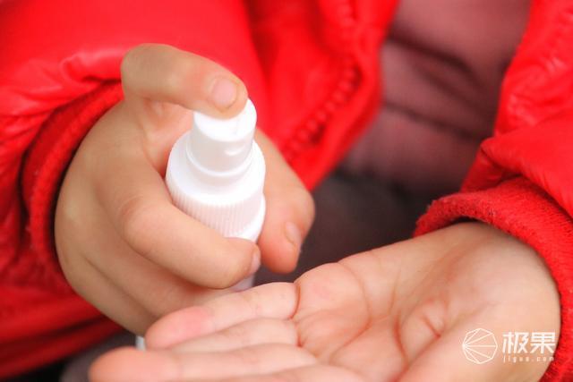 挑战疫情:小沐消毒液,健康生活第一道防线