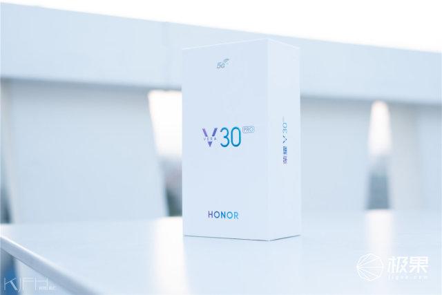 荣耀V30PRO评测:5G标杆,高性价比旗舰机,买它!