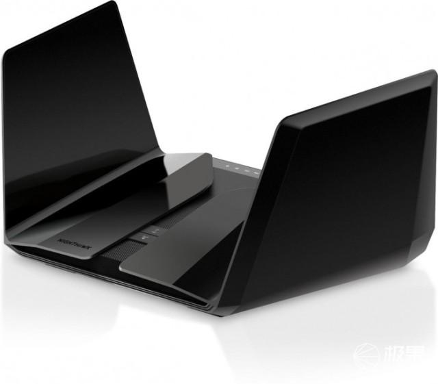 快到起飞?NETGEAR推出Wi-Fi6三频路由器