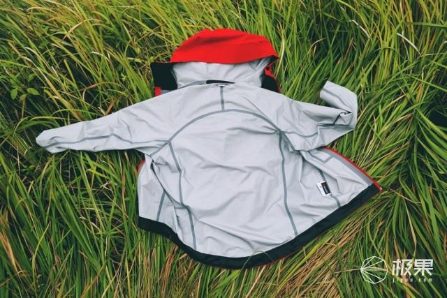 防水、防风、轻量化的westcomb冲锋衣助我寻找遗落在人间