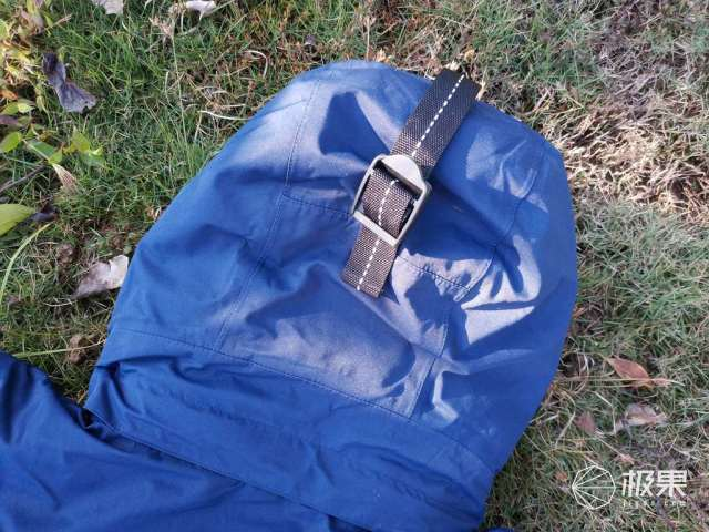 冬日暖阳-小米有品早风极地全压胶防水抗寒派克鹅绒服体验