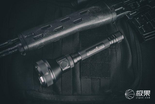 超强远射照明|TRUSTFIRET70高功率手电实测