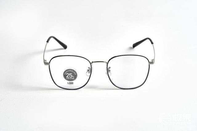 「体验」眼科医生推荐的防蓝光眼镜!双重阻隔超护眼,还有98%的透光率!