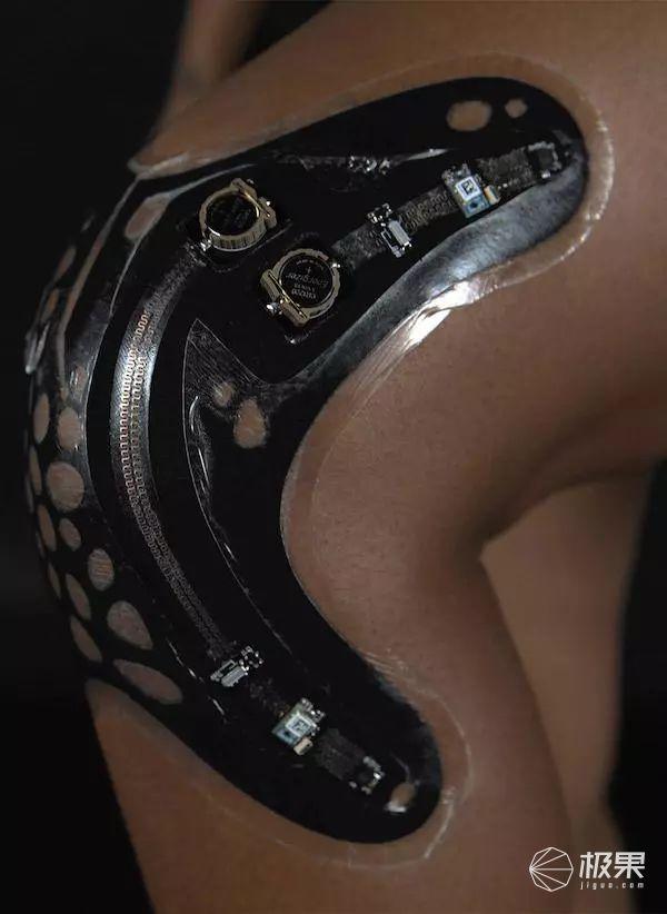 「新东西」浑身都是黑科技!歪果仁发明电子创可贴,比你妈还关心你……