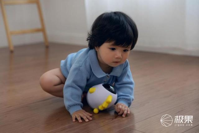 海马爸比AI宝宝监护器