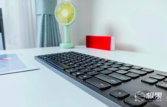 当键盘能听懂人话,咪鼠语音键盘KB1评测:语音打字+实时翻译