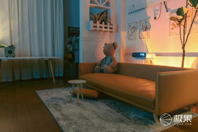周末宅家帶娃,臻享影院色彩——明基W2700?色準廣色域投影