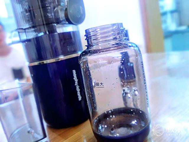 夏日低卡果饮在家就能做!一按即出醇美原汁+气泡,解放双手的第一天......