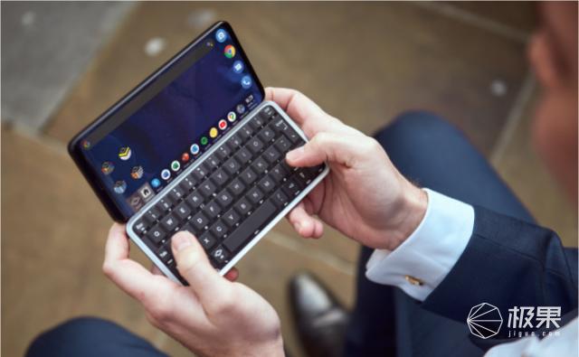 首款全键盘5G手机面世:天玑800配滑盖屏幕,售价4000被买爆