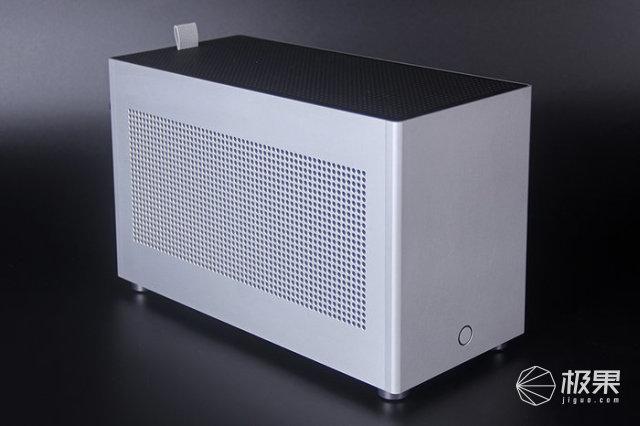 鞋盒大小的ITX机箱初体验|FORMULAX1装机展示