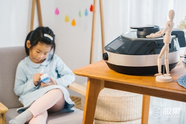 """「体验」会炒菜的机器人!聪明又用心的""""美厨娘"""",让妈妈们永远摆脱油烟味!"""