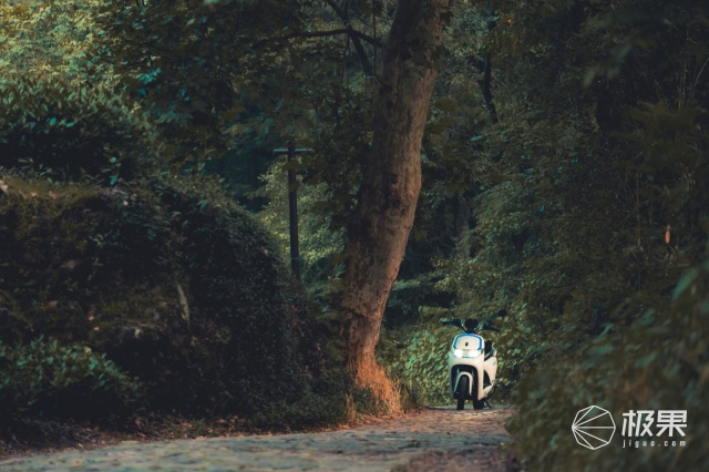 「體驗」清涼夏日,森藍O2高端電摩帶你邂逅不一樣的景色