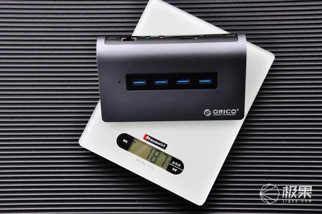轻薄本的办公伴侣|ORICO十一合一扩展坞体验