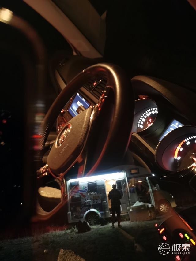 夜拍、抓拍、广角……出门不用扛相机,荣耀X10是轻便的旅拍神器