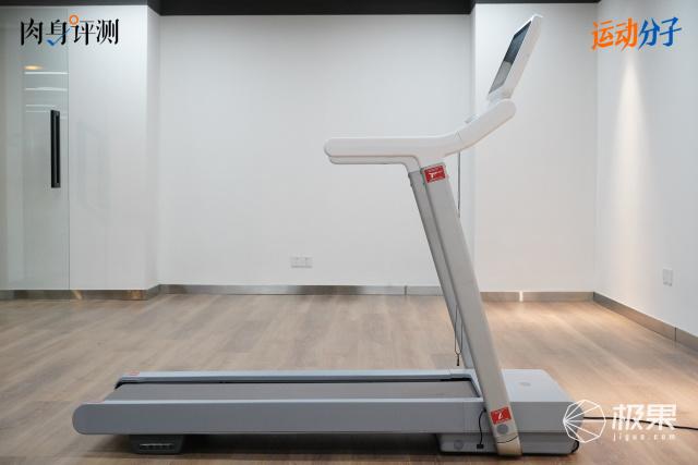 赤兔跑步机:激进极简后,依然主打性能|肉身评测
