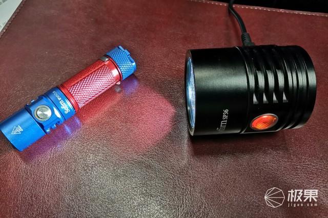 钢炮级别也有高可玩性——SofirnSP36手电评测