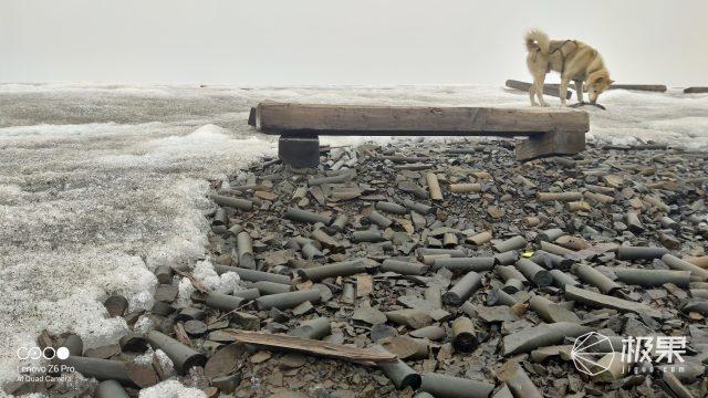 「北極VLOG」暴爽虐機測試!砸冰埋雪擼直升機,這臺旗艦A爆了