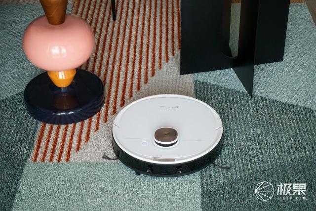 化解家庭矛盾的掃地機器人地寶T8:不僅智能,掃拖還很到位