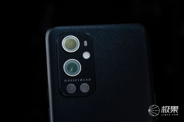一加9Pro上手评测:最强哈苏镜头加持,售价4999元起
