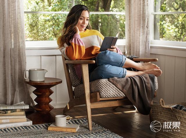 「新东西」亚马逊上架第三代KindleOasis:新增暖光阅读灯