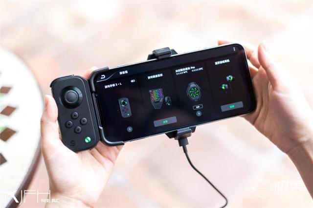 腾讯黑鲨游戏手机3Pro上手图赏