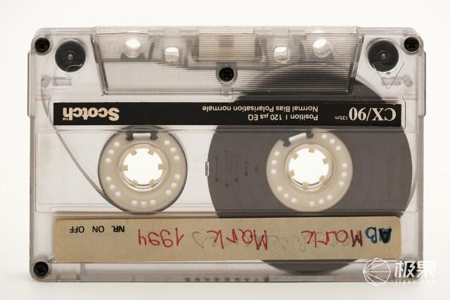「事儿」国人40年音乐记忆!这些压箱底的宝贝,个个都是时代的眼泪……