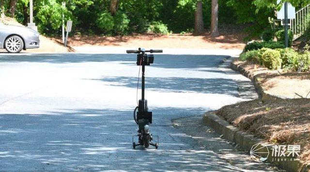 全球首批遥控电动滑板车在美投入使用,可远程操控