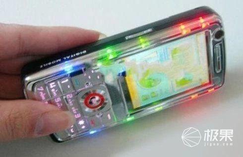 「事兒」外設廠商直男行為大賞!電競=RGB?這些產品丑到我了……