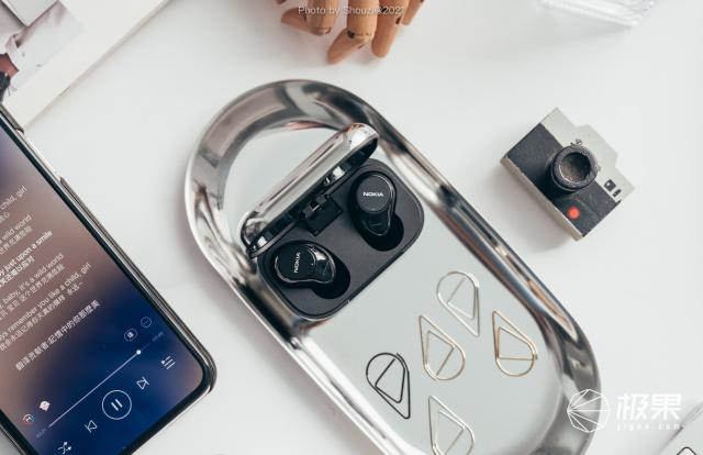 声入人心,精致动感:诺基亚P3600真无线耳机