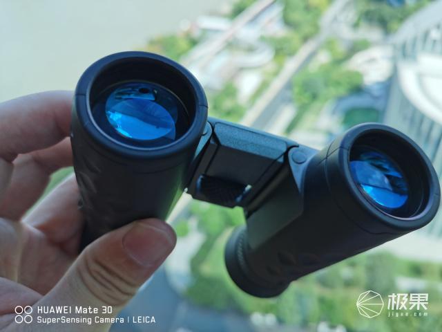 一个理工男EDC翻包:竟然有德国进口10倍镜,他想干啥!