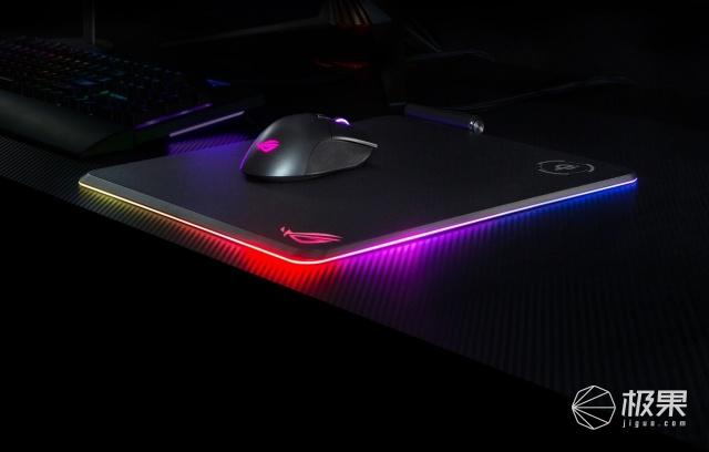 「新東西」支持Qi無線充電,華碩推出RGB信仰鼠標墊