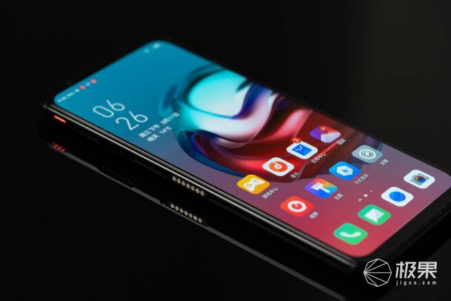 144Hz极致刷新率!最强处理器搭配最爽屏幕,红魔5G手机售价3799元起