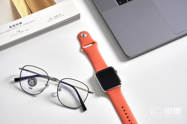 「體驗」眼科醫生推薦的防藍光眼鏡!雙重阻隔超護眼,還有98%的透光率!
