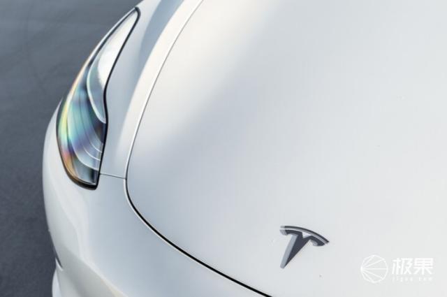 特斯拉Model3惨遭破解,凭空多出50匹马力,百公里加速3.8秒