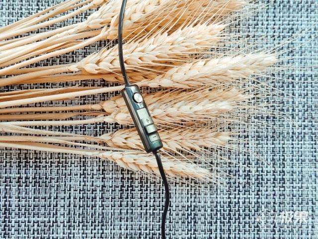 耳朵会怀孕,漫步者GM450电竞游戏耳机