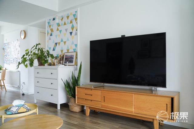 征服专业摄影师的这款XDR电视,让逼真画面触手可及,每一帧都令人心动!
