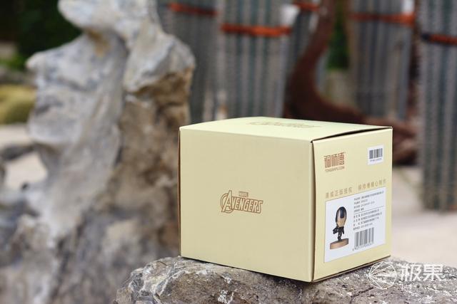 铜师傅联合漫威推出新品:Q版造型,全铜材质,年轻人第一款手办