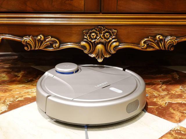 岚豹激光扫地机器人体验:什么样的扫地机器人更能胜任别墅清扫