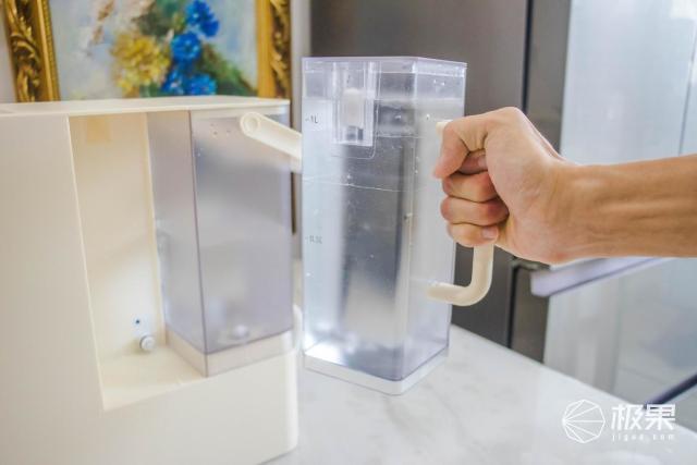 即滤即饮,提升生活幸福感的德国蓝宝小白鲸净饮机使用体验