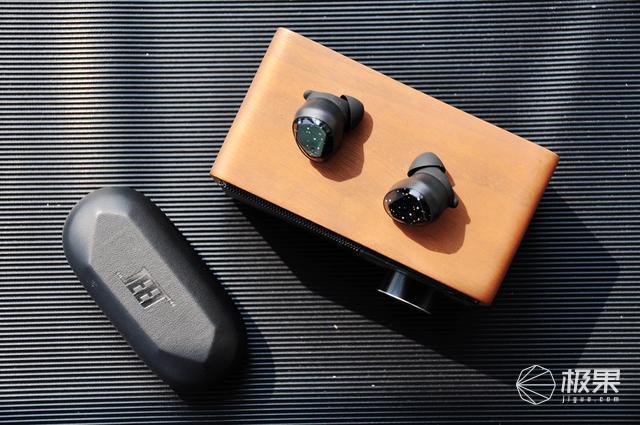 聆听来自火星的你 JEETMARS无线运动耳机体验